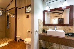 20180516-140117-Hotel-Cahuita-Costa-Rica-El-Encanto-18051121-640x480-300x200