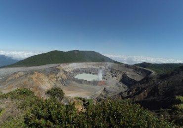 2 Wochen Costa Rica Rundreise - Vulkan Poas in Costa Rica